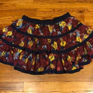 Forever 21 navy& maroon printed skirt. Size XS.